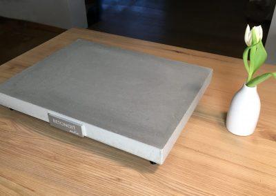 Gerätebasis SILENZIO by BETONart-audio