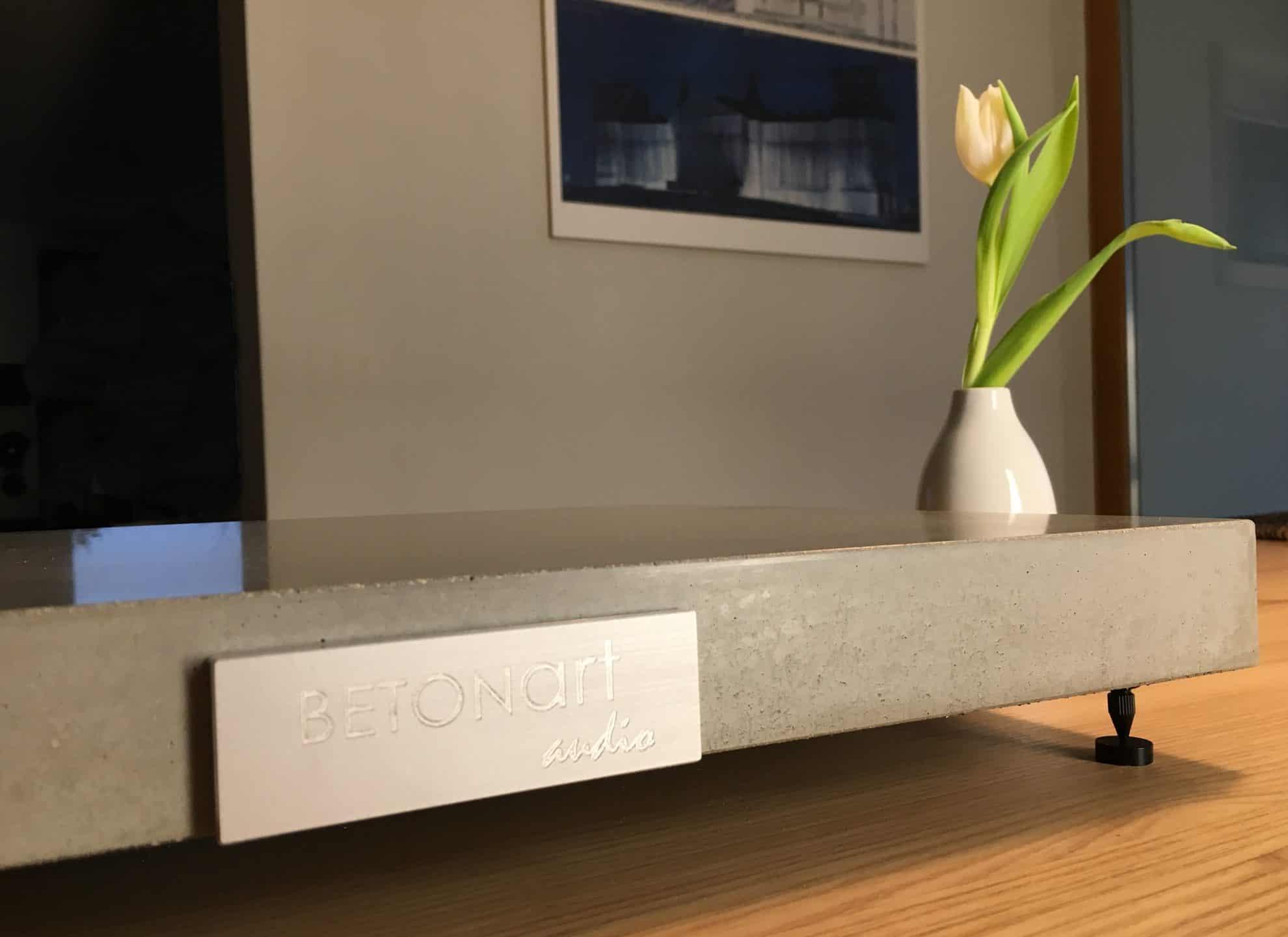 Gerätebasis SILENZII by BETONart-audio