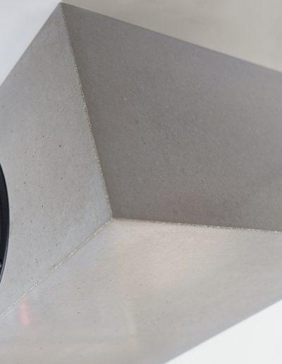 Lautsprechergehäuse aus Beton gegossen - MONOLITH
